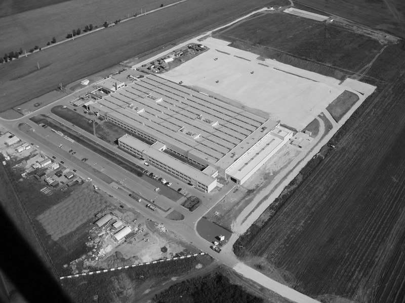 Specializují se na stavby továrních hal