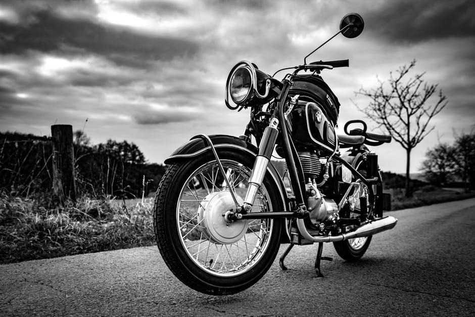 """Motorky nebyly vždy jen pro """"drsňáky"""""""