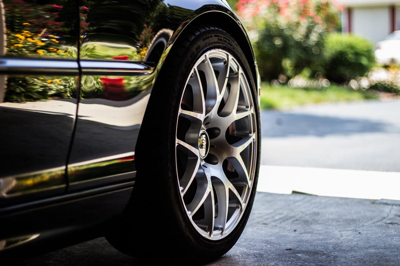 Co ovlivňuje funkci našich pneumatik, a jak vybrat ty správné?